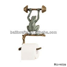 Durable using low price metal home decor cast iron animal frog toilet paper holder