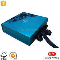 customized lighted christmas cardboard folding gift Packaging Box with ribbon