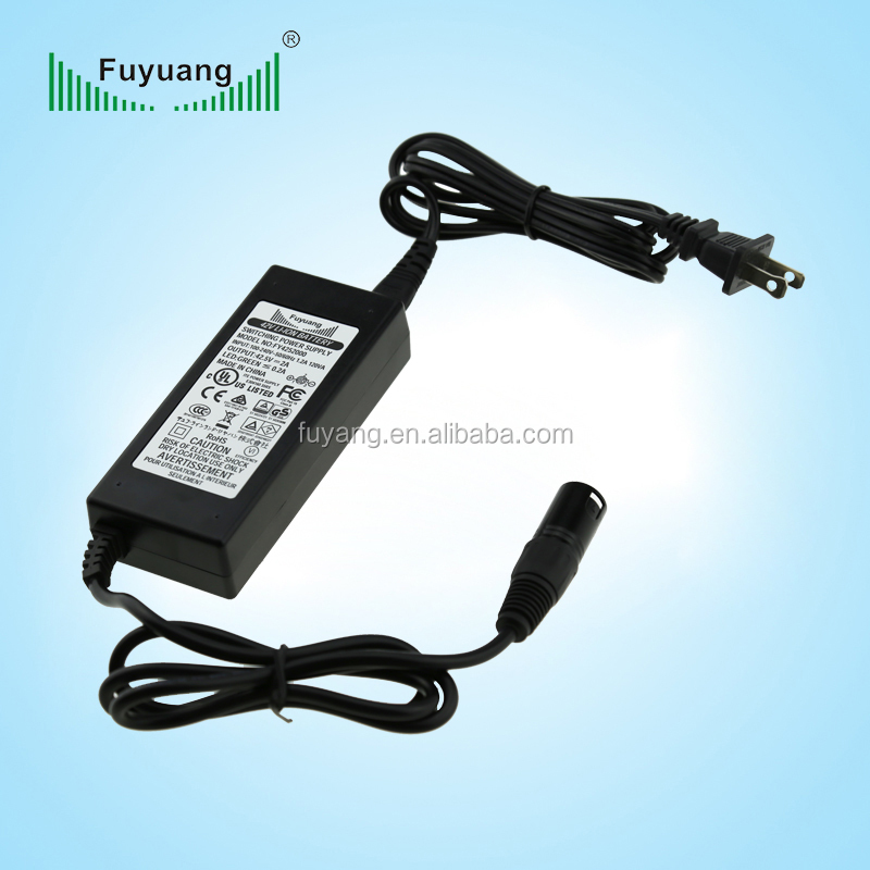 Plug In dc 19 volt laptop power supply adaptor with black white color