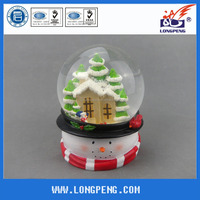 Polyresin Christmas Snow Globe /Christmas Water Globe /Snowman Snow Ball,Christmas Snowman Figurine Decoration