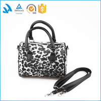 Custom newest picture fashion lady Pu Leather Handbag wholesale in low price