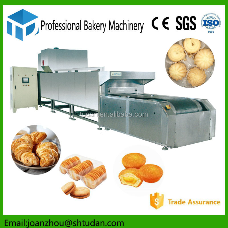 Industrial bakery production line high quality bakery equipment of tunnel oven for baking biscuits/cake/bread/pizza