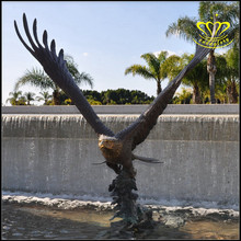 Outdoor garden landscape Decor Majestic Eagle in Flight Bird bronze Statue sculpture