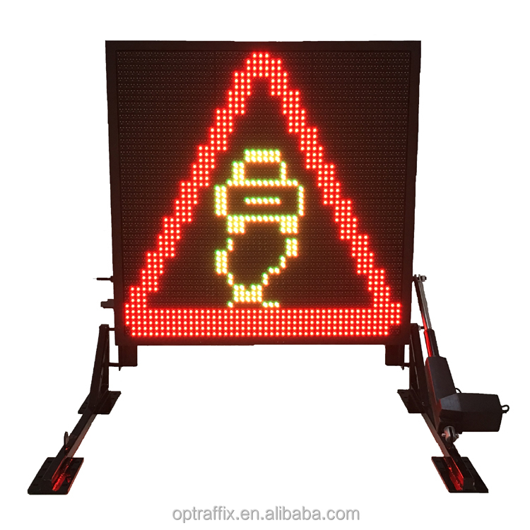 Full Color Traffic Control Truck Mounted Warning Electronic LED Message Sign Boards