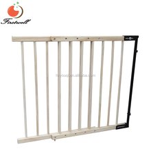 Australia Standard Pine Wood Extendable Baby Door Barriers Safety Gate