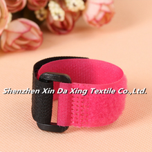 Factory Customized 100% Nylon Hook and Loop Strap With Buckle