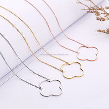 2017 Pretty women Fashion Floating tiny clover shaped pendant necklace wholesale