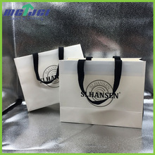Custom printed handmade foldable garment shopping packaging paper bag with logo