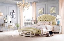 3950- Luxury Wooden furniture of Europen Royal style kingsize bed