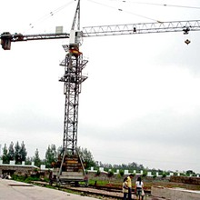 made in china shandong hongda 6t travelling tower crane 6t mobile crane tower