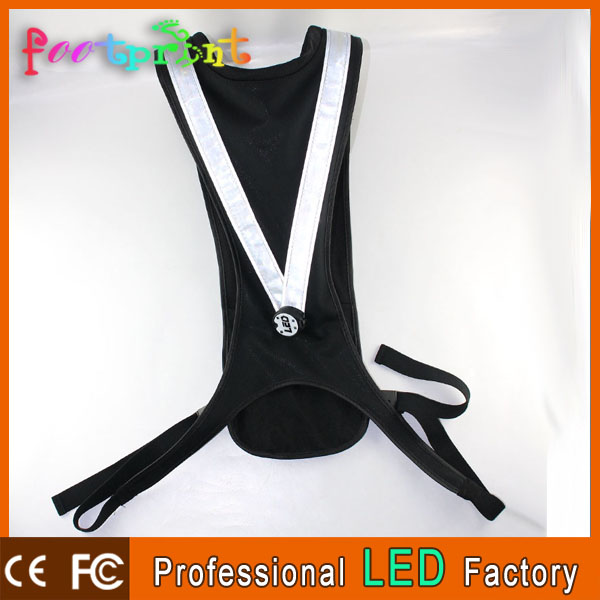 Lighting up in dark keep safe LED flashing reflective running vest with pocket