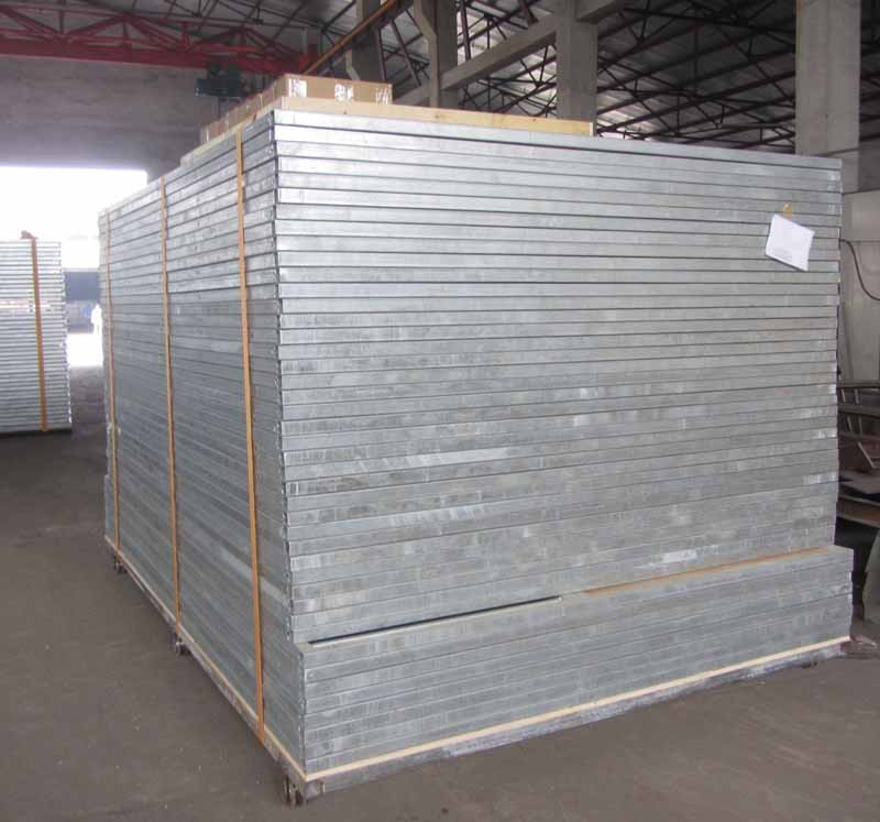 well-ventilated indoor sliding gate galvanized steel horse equipment stable