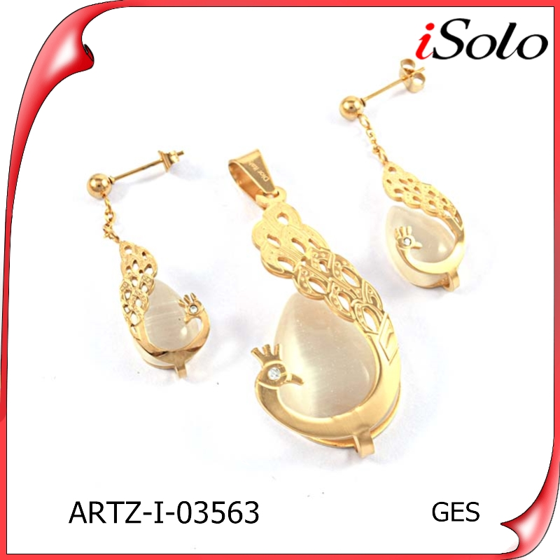 Hot product trends necklace jewelry set gold earing and pendant set