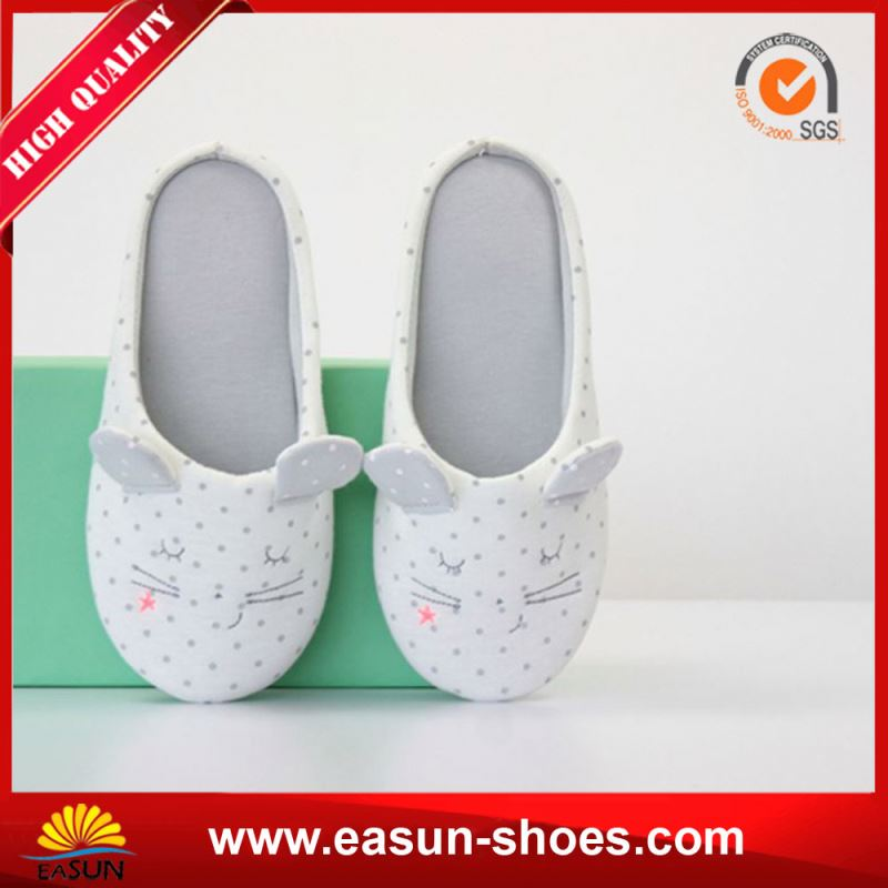 Oem Brand Warm Slippers Embroidery Fur Indoor Slipper Sheepskin Winter Slipper Shoes