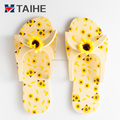 Wholesale super cheap hotel disposable Summer beach spa slippers