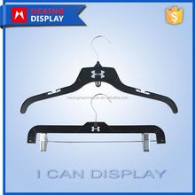 Factory price popular used anti-slip plastic clothes hanger