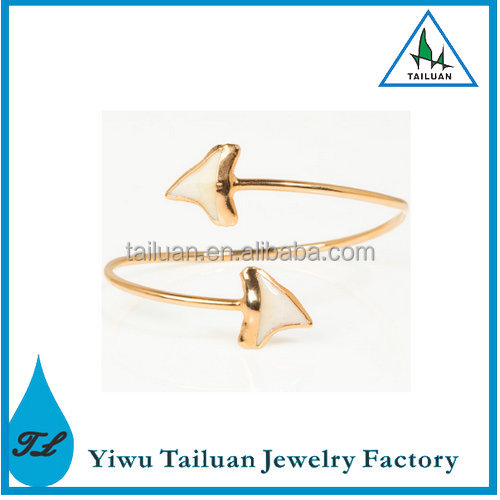 Latest Hot Selling White Shark Tooth Ring