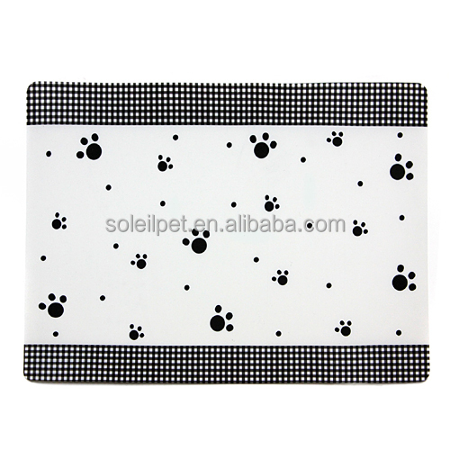 High Quality Durable Plastic Anti-Slip Pet Dinner Mat