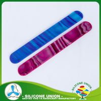 Bangles accessories cheap custom silicone slap bracelet