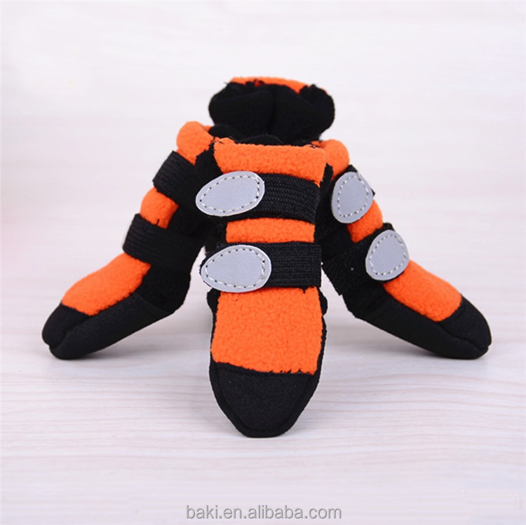 Hot Sale Pet Products Dog Shoes Warm Boots for Dogs Dog Shoe Sale