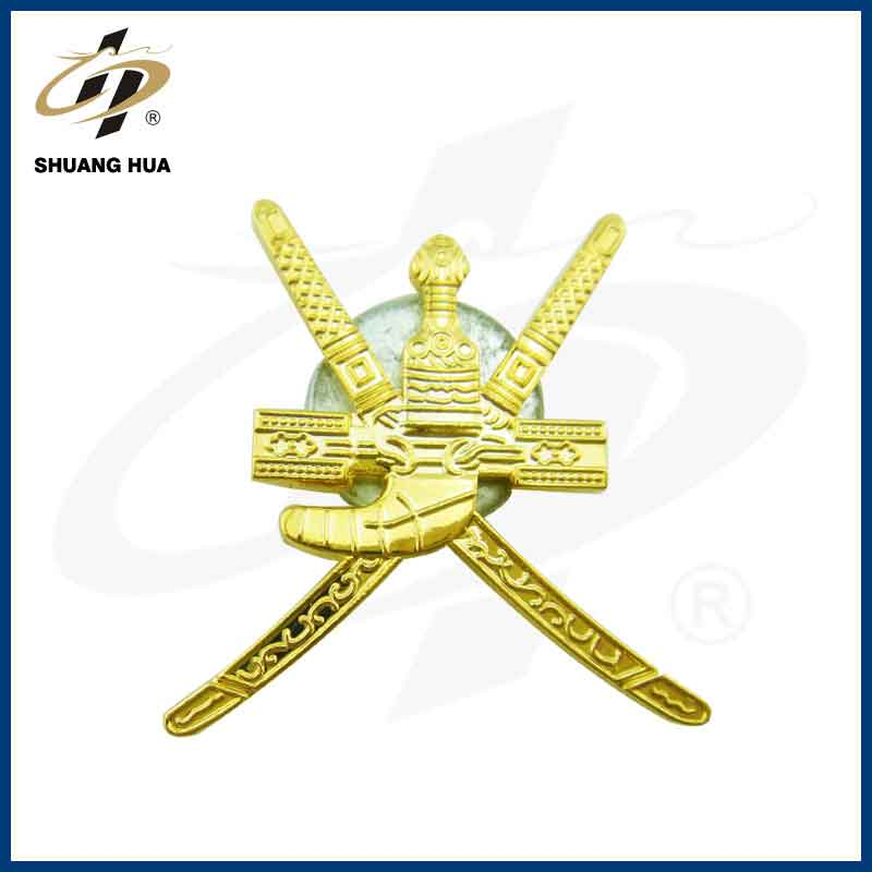 Best selling items antique gold custom swords magnetic pin lapel with nice box