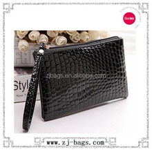 Manufacturer hot sell PU leather black cosmetics with nylon zipper