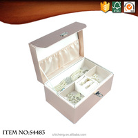 Hinged Jewelry Paper Gift Box