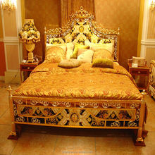 French Rococo Design Gold Leaf Carving King Size Bed/ European Classic Royal Luxury Golden Wooden Bedroom-KT-8238