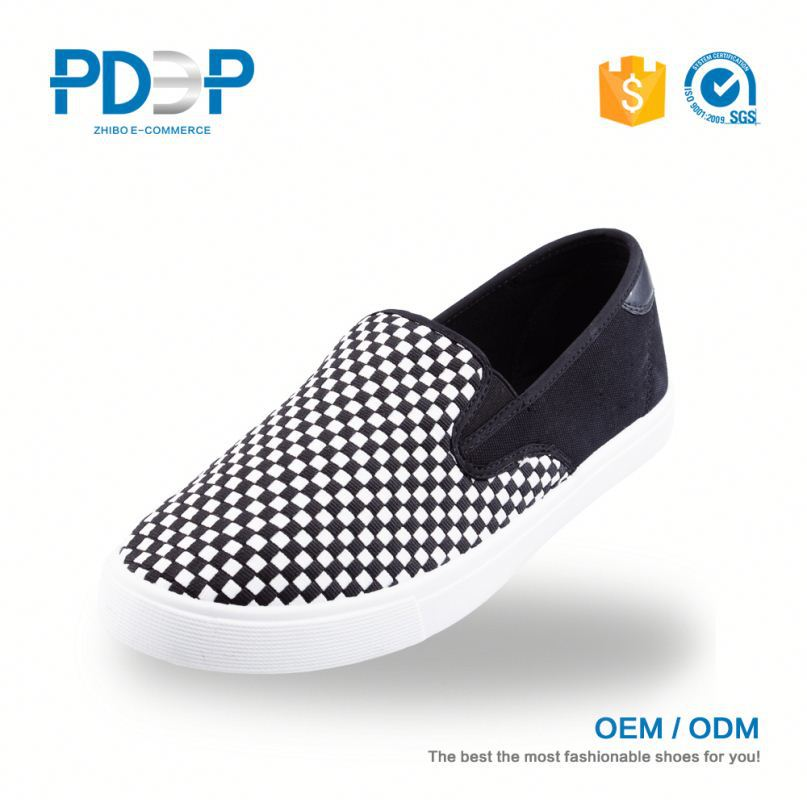 Popular model high quality canvas shoes for men top brands
