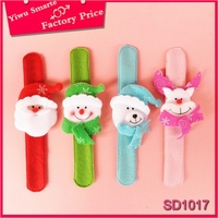 Hot selling China christmas jewelry decoration and gifts promotional Plush snowman christmas bracelet for cute girls