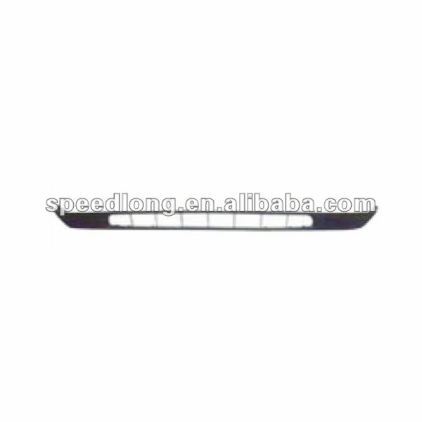 FORD FOCUS 05 car 1.8 front bumper lower jaw 4M51-17C749-A