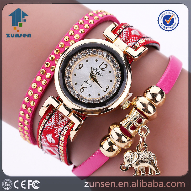 5 Color 2016 Summer Ladies Vintage Dress Gold Elephant Pendant Luxury Rivet Quartz Bracelet Watch Lucky Female Girl Casual Clock