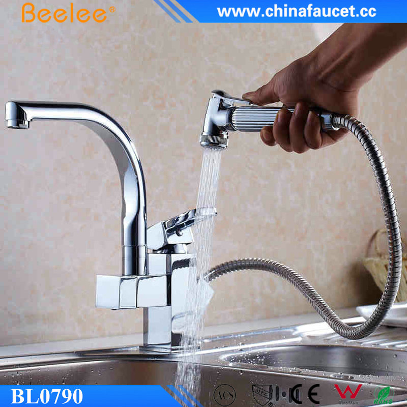 Beelee BL0790 Brass Pull out Sprayer Kitchen Faucet, Pull Down Kitchen Sink Mixer Tap
