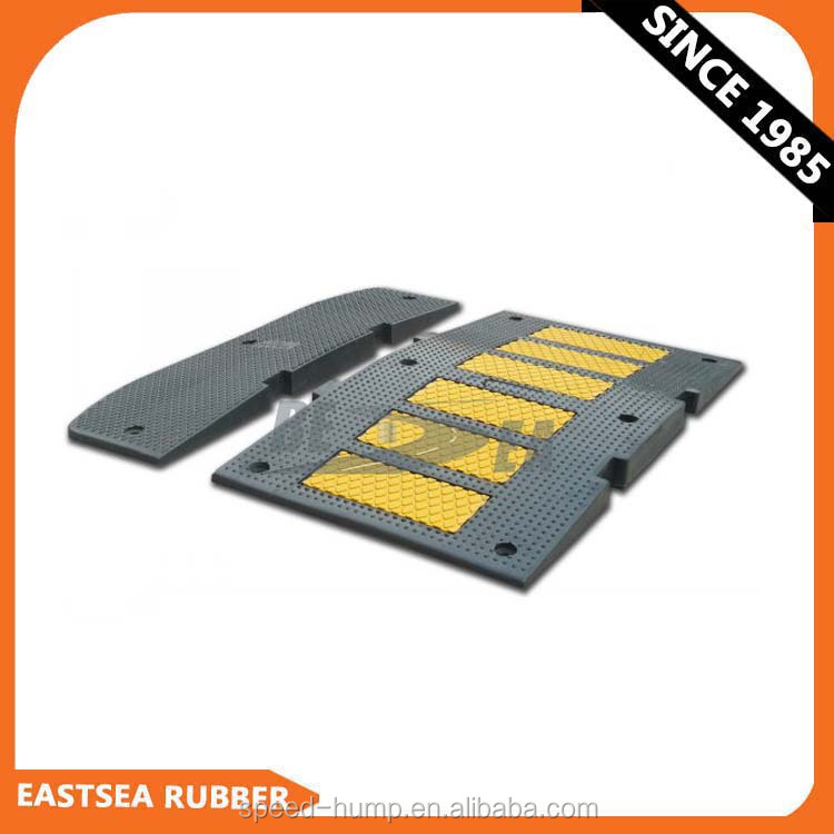 Black & Yellow 3 Feet Revolution Rubber Speed Hump for Wholesale