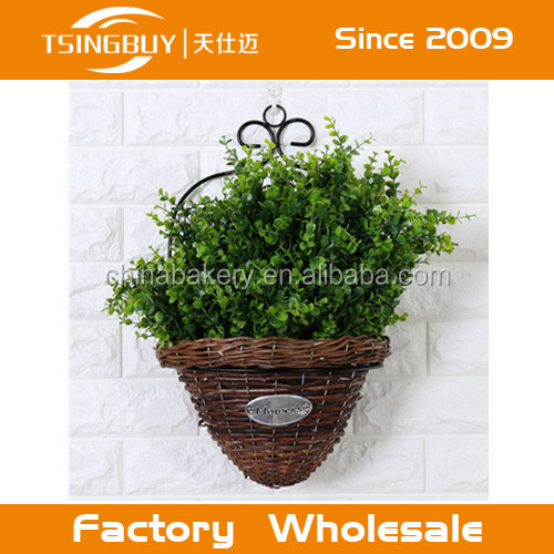 Home Garden Wall Mount Planter Flower Grass Hanging Basket Wicker Plant Basket