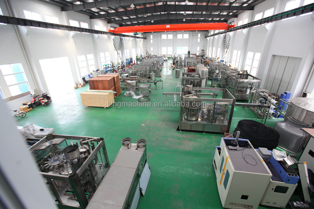 Soda Water Bottling Machine / Machinery / Equipment