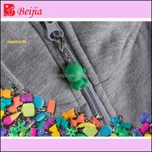 Cute Eco Friendly Silicon Rubber PVC Reversible Key Locking Zipper Sliders