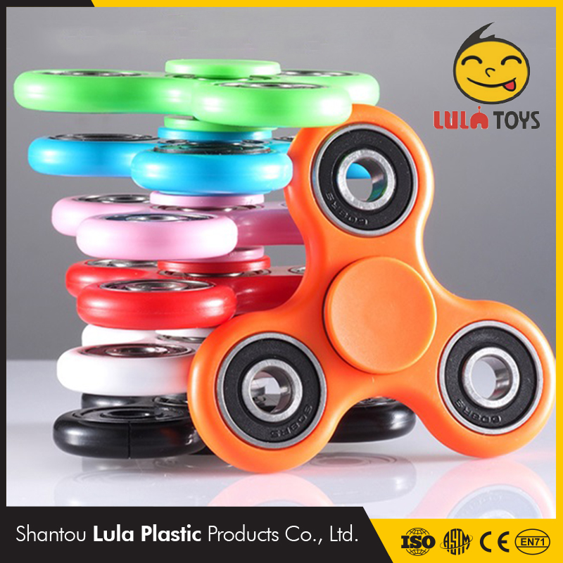 Focus rotating toy 608 anti stress flying spinning toys hand colorful fidget spinner bearing