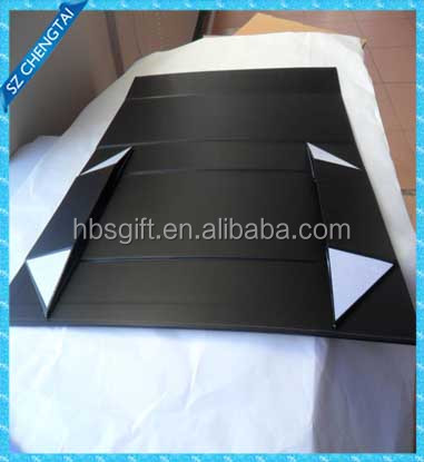 paper folding box with magnetic and ribbon for packing cosmetic