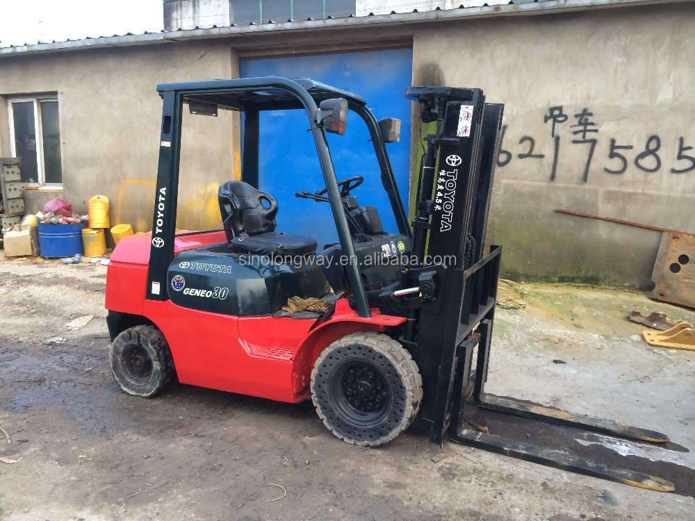 Best selling TOYOTA 3 tons forklifts in stock/Hot sale in Canada /small forklift