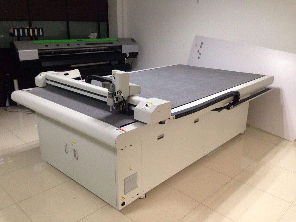 CNC digital plotter cutter for leather fabric woolen blanket