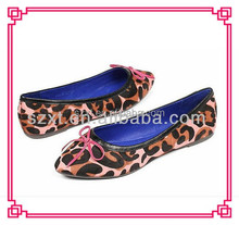 Latest fashion ladies pisos punta estrecha shoes women 2015 estampado <span class=keywords><strong>de</strong></span> <span class=keywords><strong>leopardo</strong></span> nuevo estilo <span class=keywords><strong>zapatos</strong></span> planos únicos <span class=keywords><strong>zapatos</strong></span> del sexo