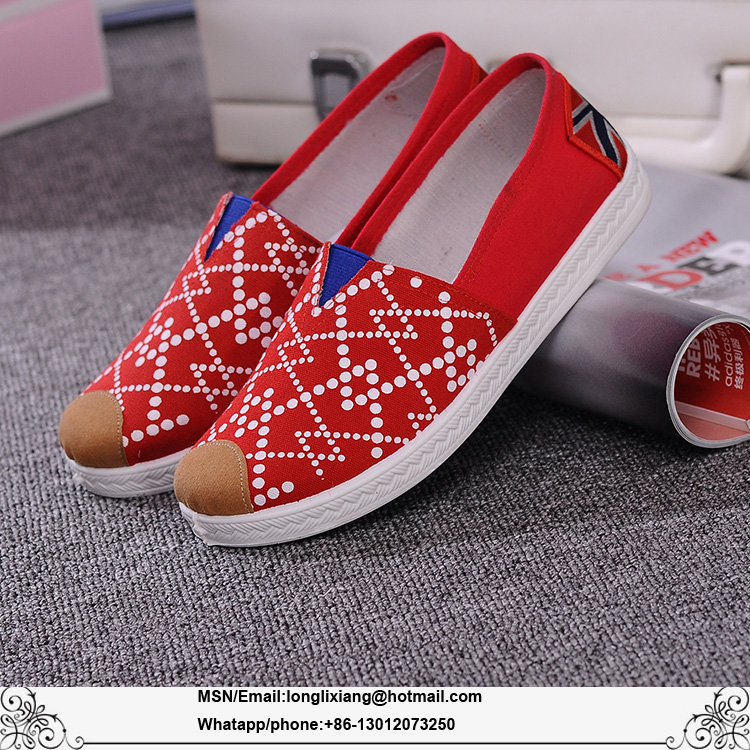 2017 latest graffiti canvas shoes for girls