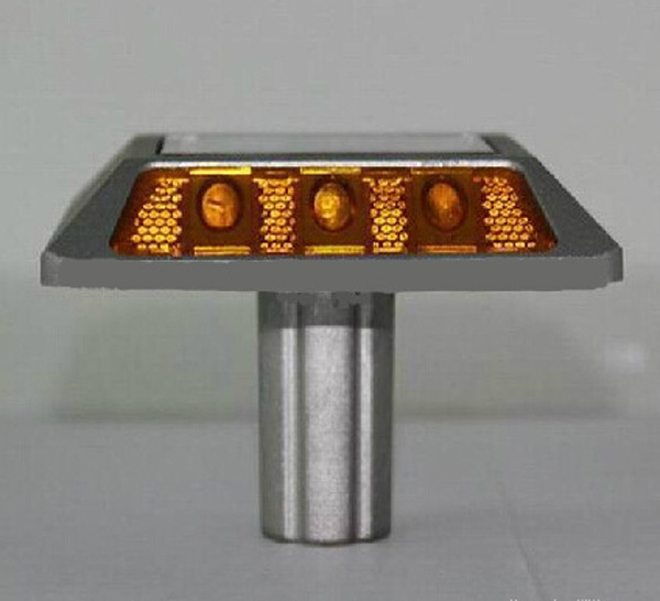 Aluminum Flashing Light Solar Road Marker Cat Eyes Road Stud With Anchor