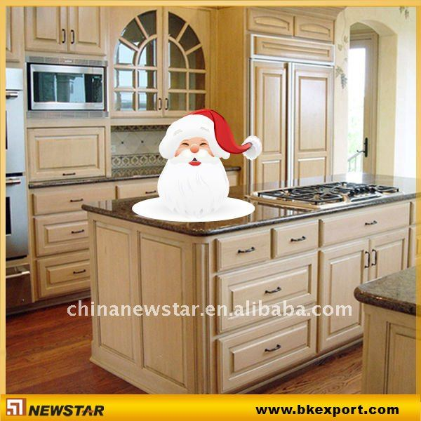 Classical Solid wooden kitchen cabinet with granite counter tops