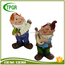 China Manufacturers Wholesale Custom Handmade Mini Polyresin Resin Statue Small Gnome Music Figurines Funny Garden Gnome