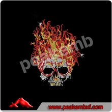 Hot Sale llama Skull On Fire Diamante Transferencia Iron On para la ropa