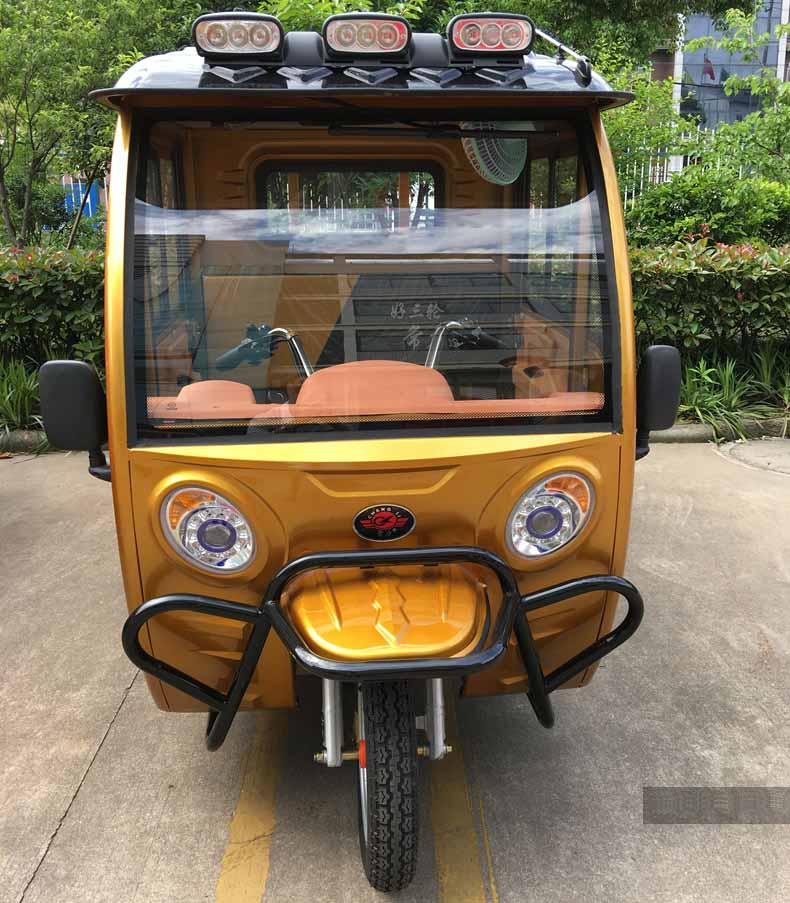 closed cabin type electric cargo tricycle 3 wheel truck for sale