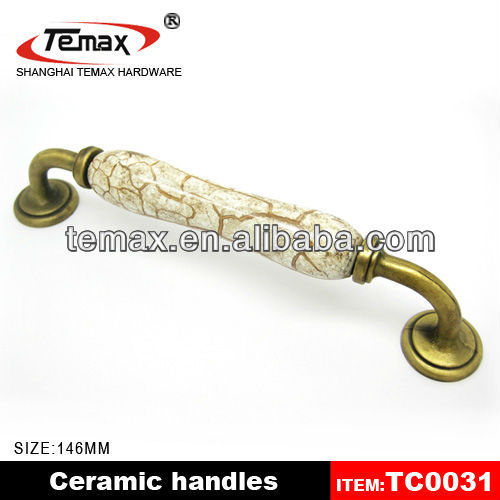 Kitchen Cabinet Hardware Antique Furniture Fittings Brass Furniture <strong>Handles</strong>
