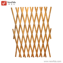 Eco-friendly Handcrafted Retractable Natural Color Split Bamboo Fencing